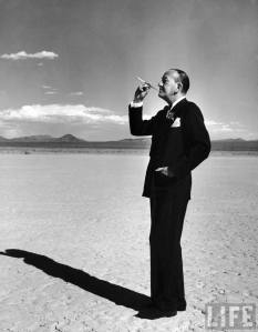 Noël Coward is too cool to care about criticism.