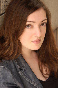 Serious headshot picture from almost ten (!) years ago. This gal could handle some monologues.