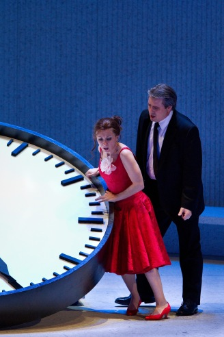 Natalie Dessay as Violetta and Matthew Polenzani as Alfredo in