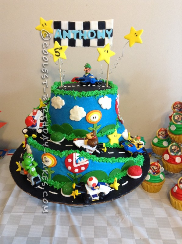 Adaptations_01_Mario_Cake copy